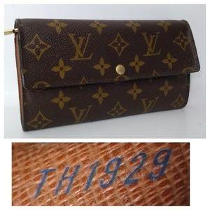 Authentic Louis Vuitton Sarah Monogram Long Wallet